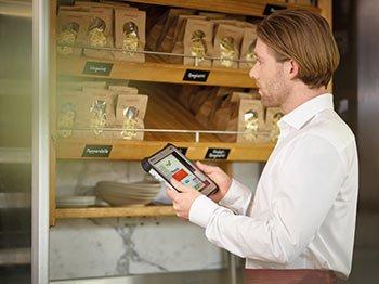 Inventur Gastronomie Software Hardware Softwarelösung COSYS mobile Datenerfassung Barcode Scan